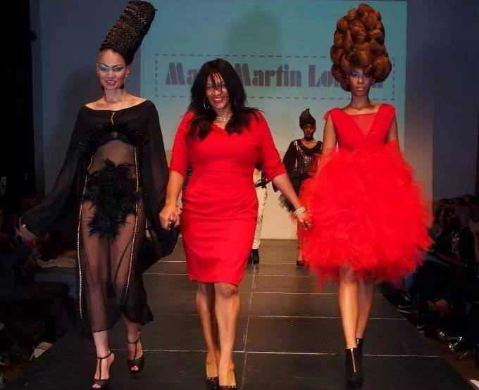 MARY MARTIN LONDON WALKING THE RUNWAY